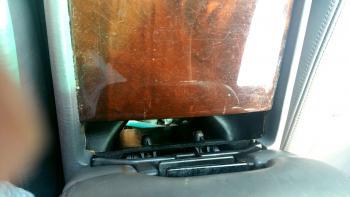 1995 LS400 LF Side FLORIDA CAR Missing Cupholder.jpg