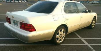 1995 LS400 Rear right side.jpg