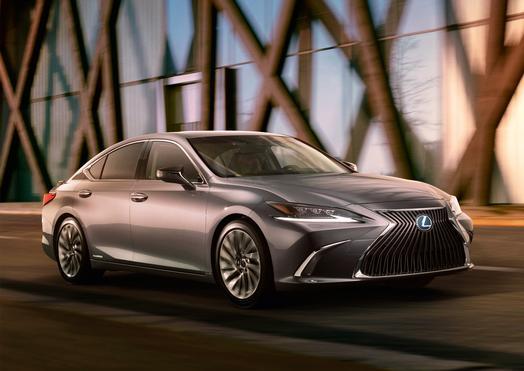 2019_Lexus_ES_Teaser_02_887822D6CC1BE13C1800293B419B8BCF0ACC6990_low.jpg