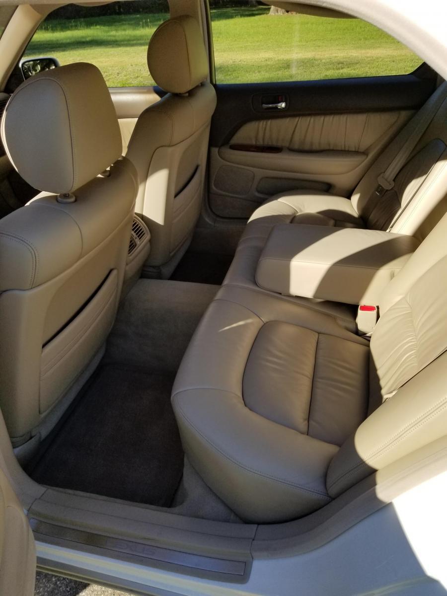 Lexus_5.jpg