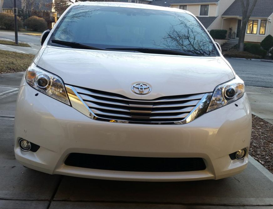 2014 Sienna Limited with Hella headlight washer system.jpg