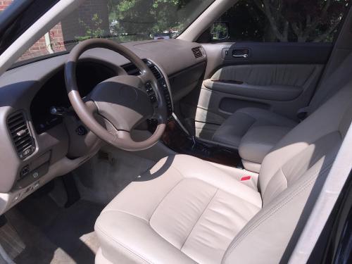 1995 Lexus LS 2.jpg